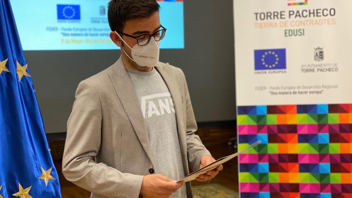 el concejal de Hacienda y Proyectos Europeos, Carlos Martínez López