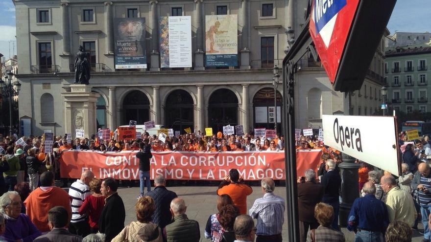 """Ciudadanos se concentra """"contra la corrupción, el inmovilismo y la demagogia"""""""
