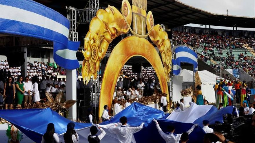 """Honduras pide a Centroamérica trabajar unida para vencer a los """"enemigos comunes"""""""