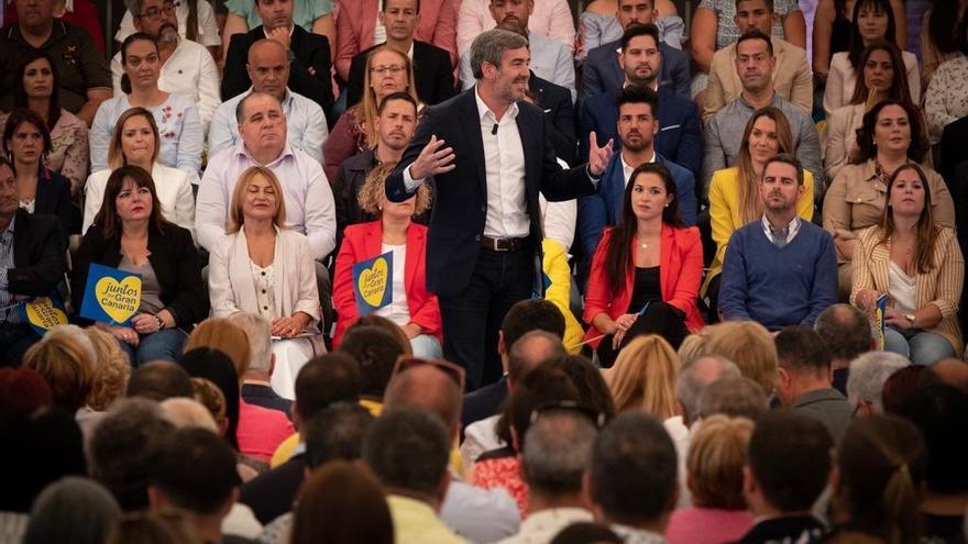 El presidente del Gobierno de Canarias, Fernando Clavijo, en un acto de precampaña en Infecar, Gran Canaria.