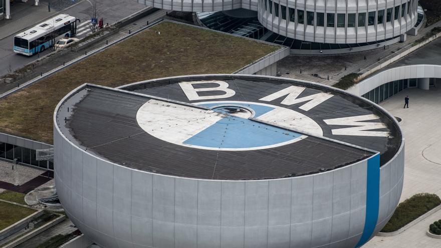 BMW reduce la producción en Alemania por falta de semiconductores