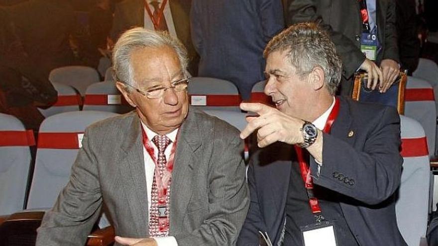 Juan Padrón y Ángel Villar, en una imagen de archivo