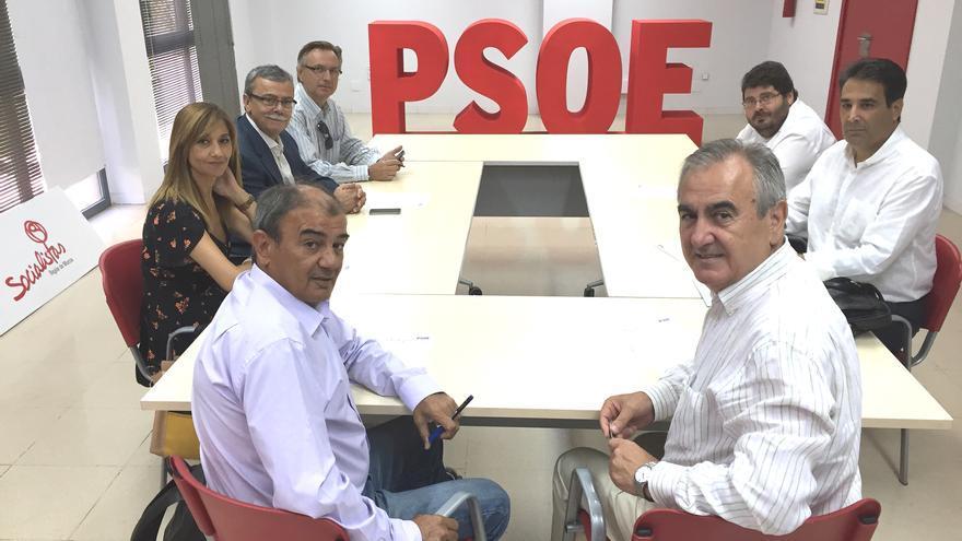 Reunión del PSRM-PSOE con UCOMUR