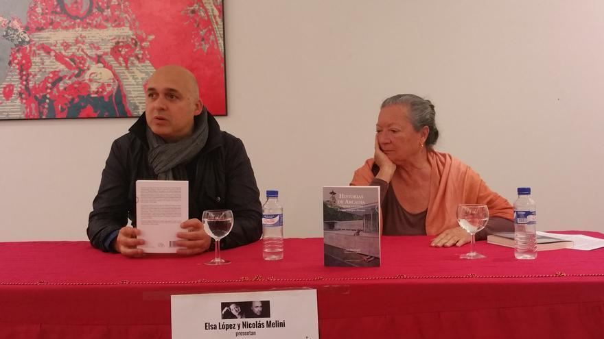 Nicolás Melini y Elsa López en la presentación del libro.