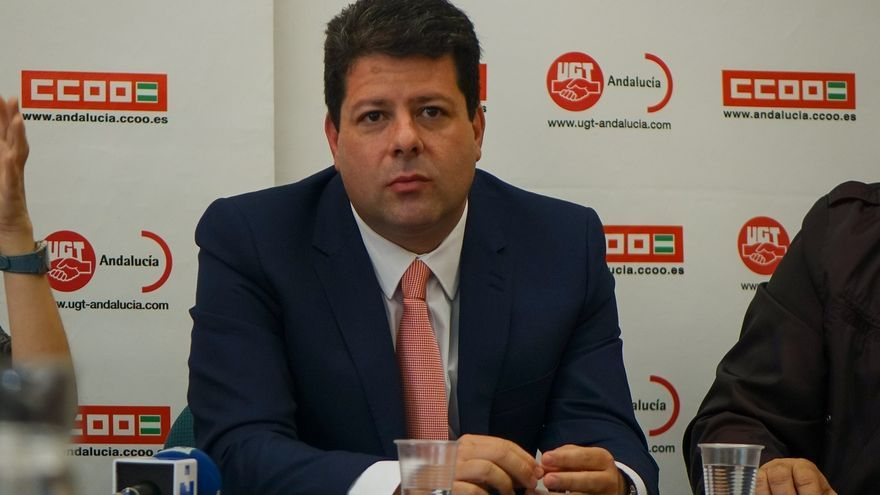 """Picardo arremete contra el """"nacionalismo rancio"""" de Margallo y pide aparcar el debate de soberanía"""