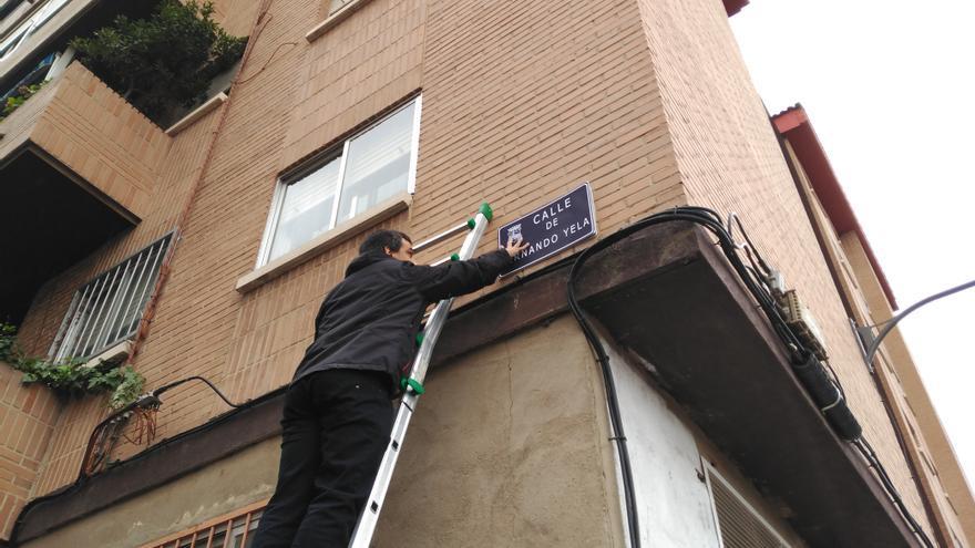 Sustitución simbólica del nombre franquista de una calle en Guadalajara