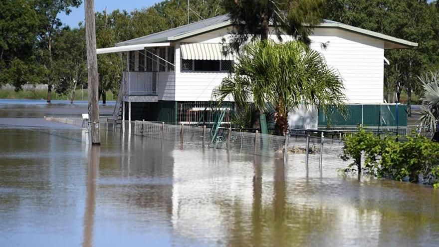 Mueren ahogados una madre y dos hijos en las inundaciones de Australia