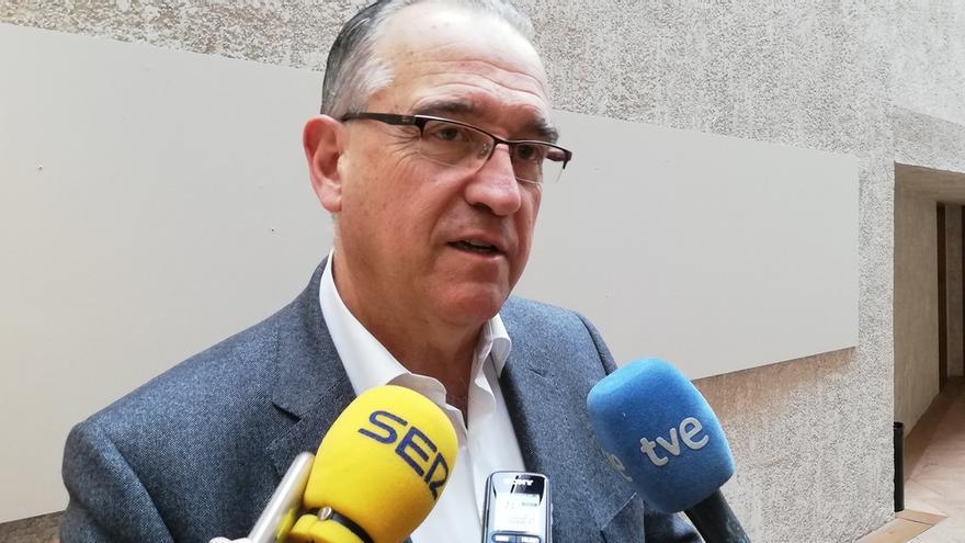 El alcalde de Pamplona, ingresado en el CHN para someterse a unas pruebas por el coronavirus
