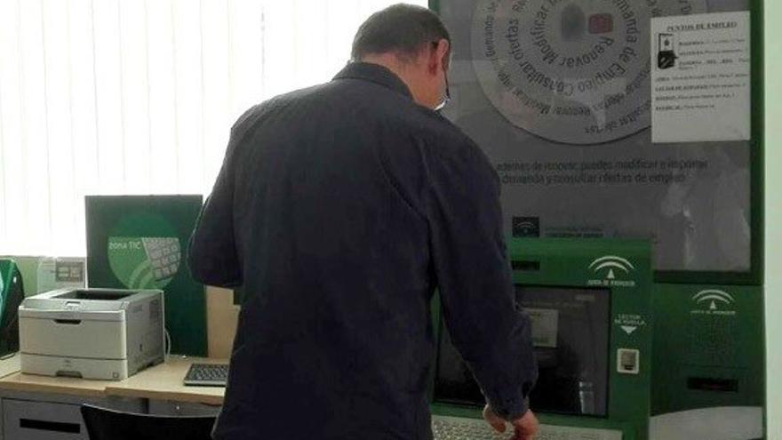 El paro sube en Andalucía en 11.009 desempleados en junio, un 1,14% más, un punto por encima de la media