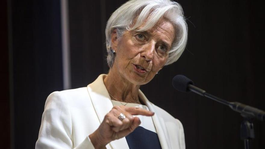 """Lagarde ataca a Trump por utilizar """"fracasadas"""" recetas proteccionistas"""
