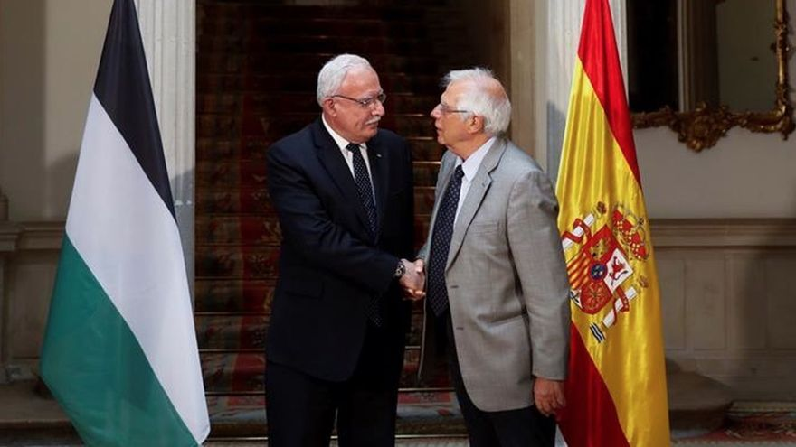 Los ministros Riad al Malki y Josep Borrell