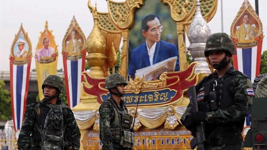 El rey de Tailandia se recupera de una nueva recaída de salud