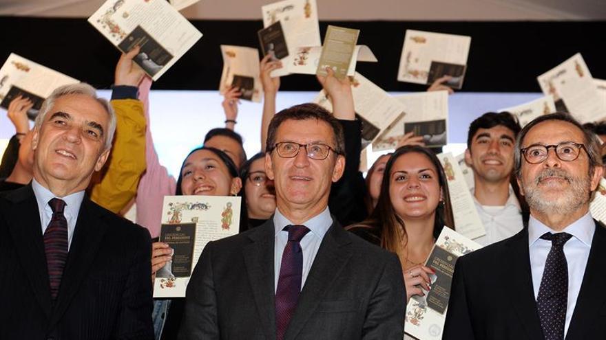 """Feijóo llama a votar """"unidos"""" contra Sánchez para superar la """"inestabilidad"""""""