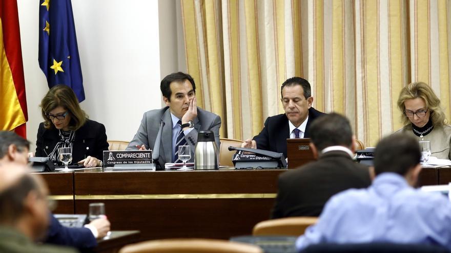 El número dos de Interior explicará el viernes en el Congreso su reunión con el hermano de Ignacio González