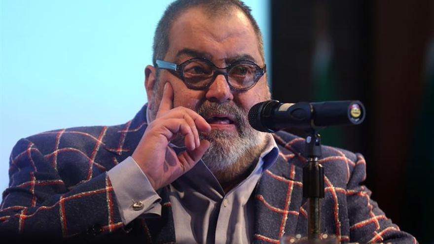 Periodistas y escritoras debaten en Chile sobre los retos de la profesión