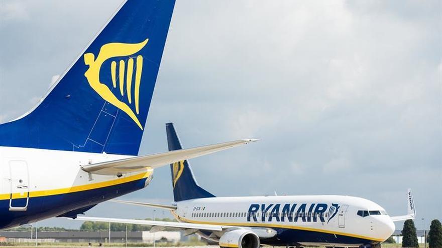 Ryanair anuncia que reducirá 25 rutas entre noviembre y marzo