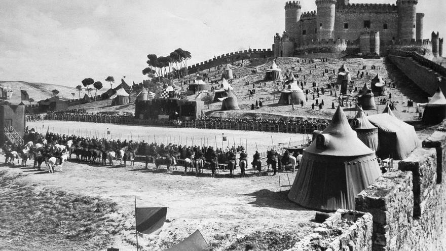 Imagen del rodaje, en el castillo de Belmonte, de la película 'El Cid', del año 1961