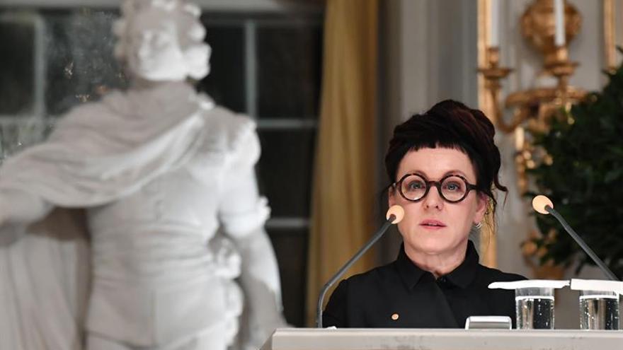 Olga Tokarczuk durante la lectura de su discurso de entrega del Premio Nobel 2018