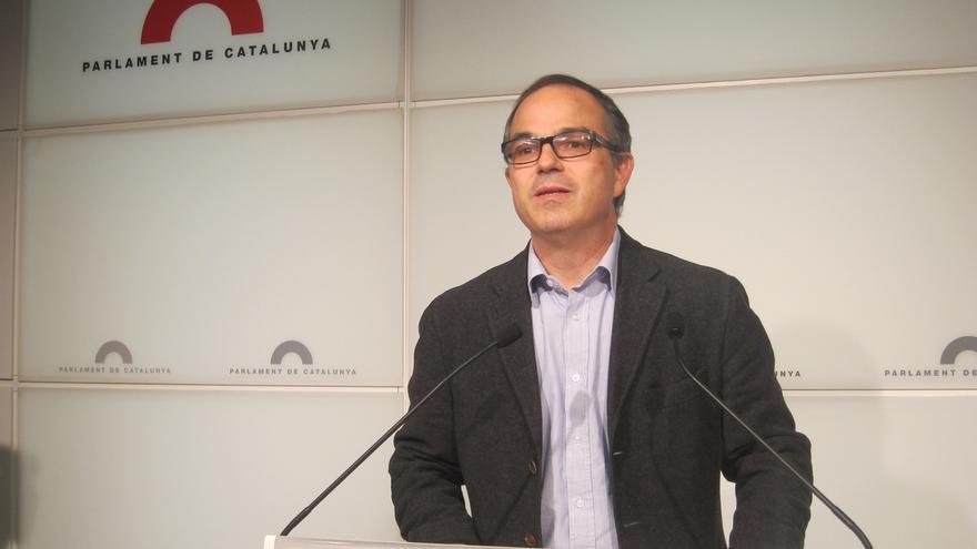 CiU reta a Torres-Dulce a actuar contra el Parlament catalán