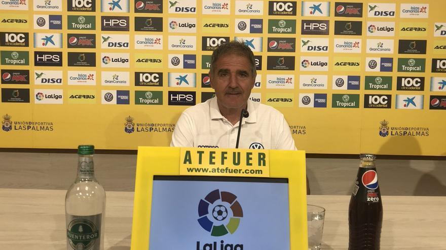 Paco Herrera, entrenador de la Unión Deportiva Las Palmas.
