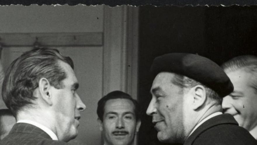A la redacció de 'Destino', d'esquerra a dreta, Josep Vergés, Carles Sentís, Pla i Jaume Vicens Vives,