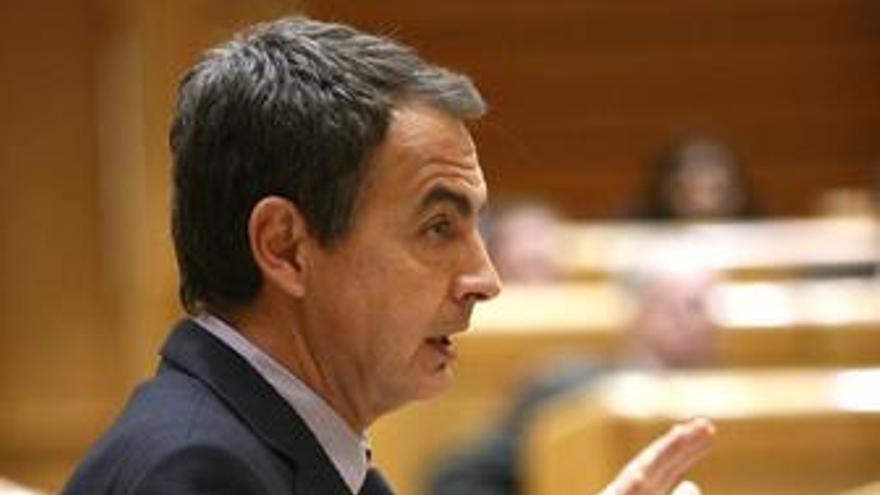 Zapatero en el Pleno del Senado