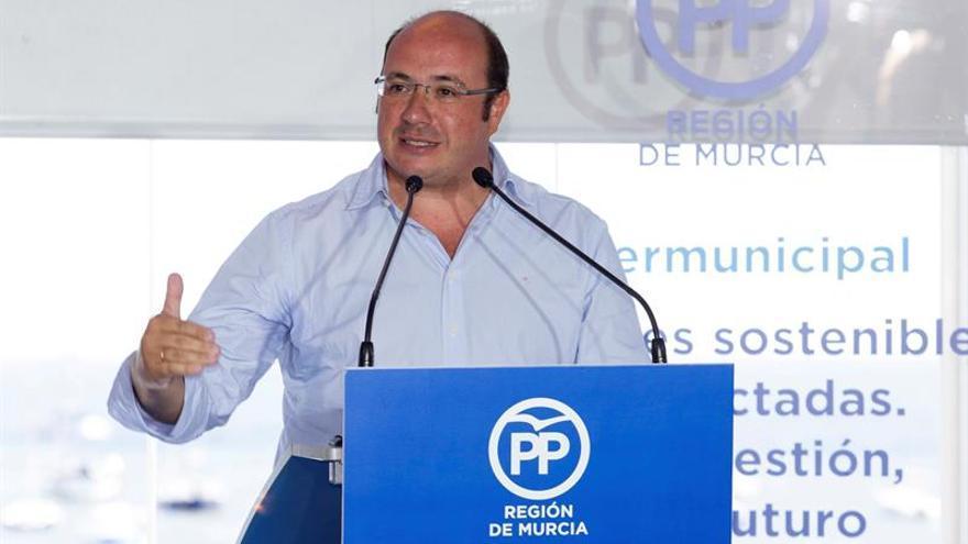 """El presidente de Murcia dice que con la renuncia, el caso Soria es """"causa finita"""""""
