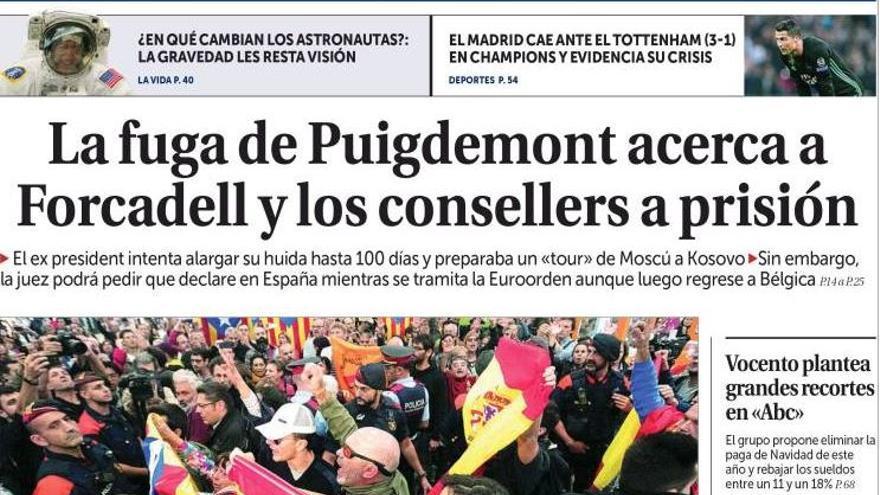 Portada de La Razón, con su editorial sobre ABC