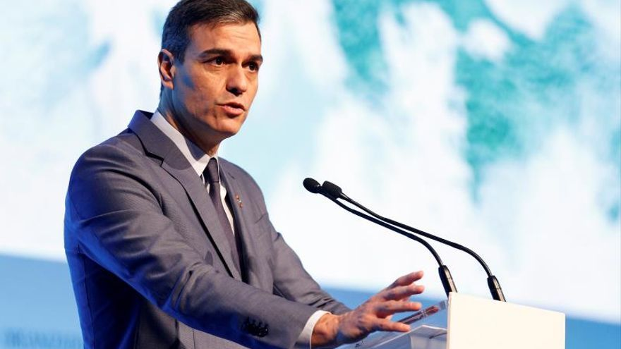 El presidente del gobierno Pedro Sánchez durante su intervención hoy en la inauguración del X Foro Exceltur con motivo de Fitur celebrado en Ifema, Madrid hoy martes 21 de enero.