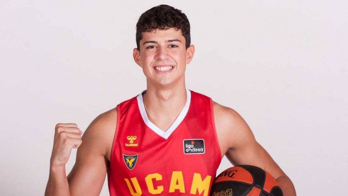 Ismael Corraliza, con la camiseta del UCAM Murcia