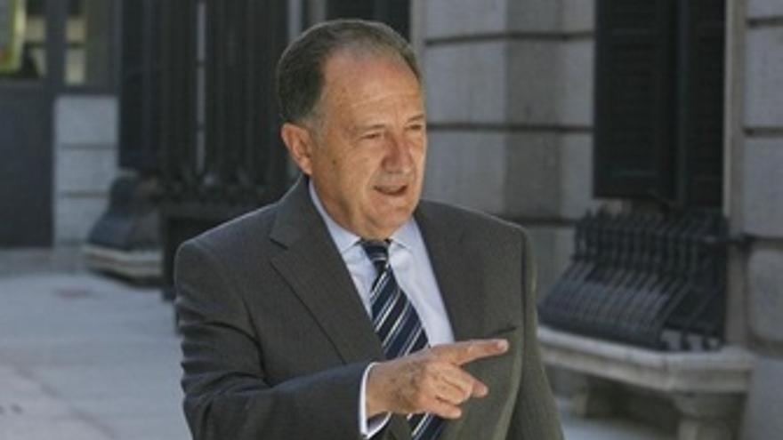 Félix Sanz Roldán, director del CNI, llegando al Congreso