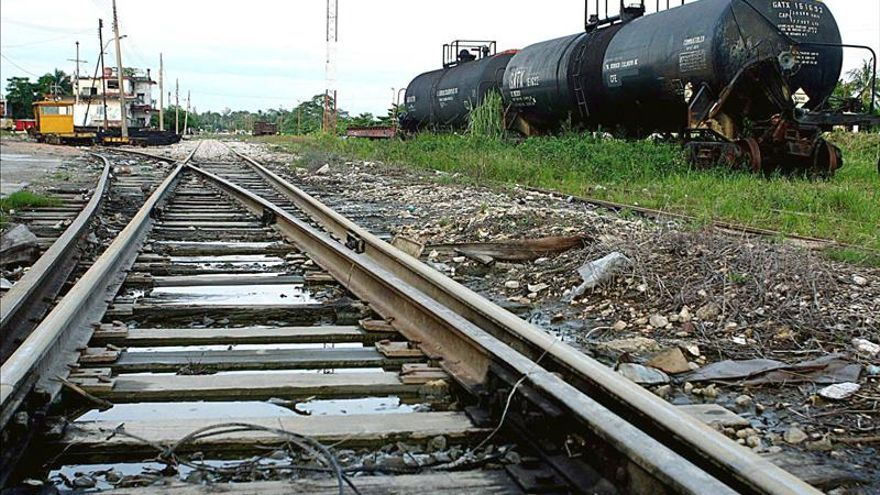 Ferrocarril de carga entre Guatemala y México estará listo a principios de 2016