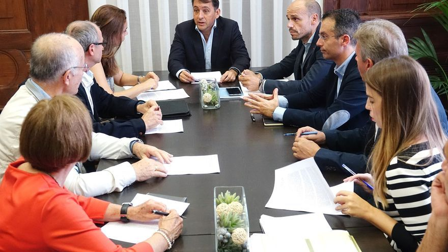 Reunión celebrada este miércoles con representantes de los administradores de fincas