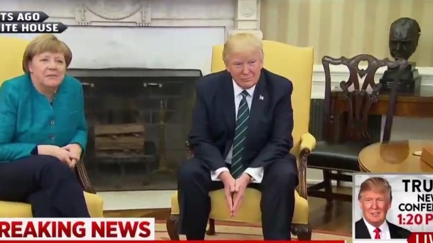 Trump ignora a Merkel.