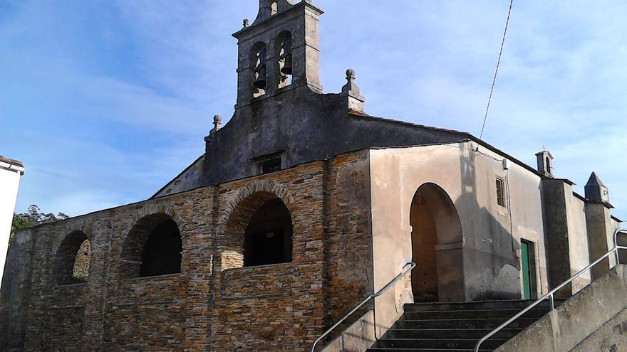 Iglesia parroquial de San Vicente de Covelas (Ribadeo), una en las que el acusado fue párroco
