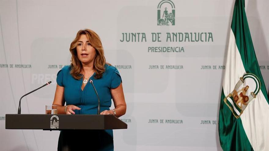 Susana Díaz comparte la defensa de la democracia hecha por el Rey