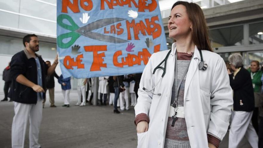 Protesta contra los recortes en la sanidad pública en Madrid.
