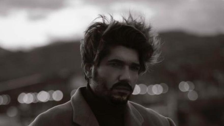 Prendas vivas que respiran, así es la moda de Yvan Andreu