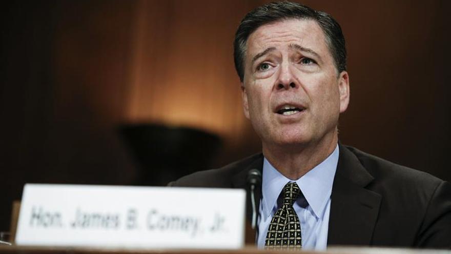 El director del FBI dice que Rusia aún trata de influir en la política de EE.UU.