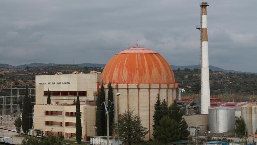 """La central nuclear de Zorita """"no ha sido un chollo"""" para su comarca, según  un estudio de la Universidad de Alcalá"""