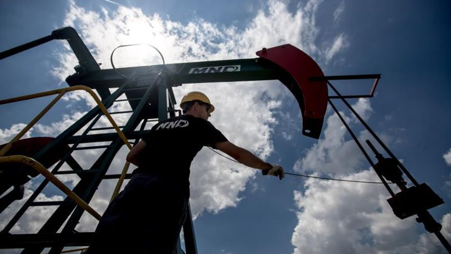 El crudo de Texas sube 2,46 % tras el deshielo comercial entre EE.UU. y China