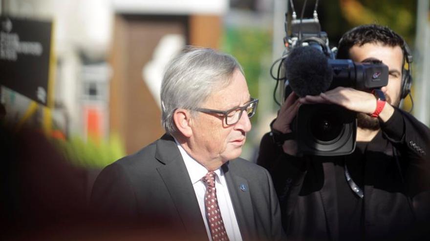 Juncker subraya el compromiso con la legalidad española en relación a Cataluña