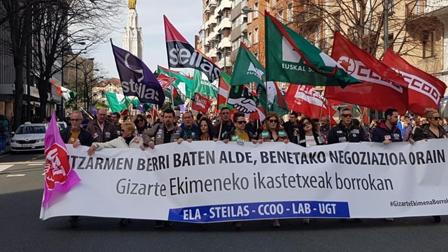 Manifestación de docentes de la red concertada, en Bilbao. Foto: ELA