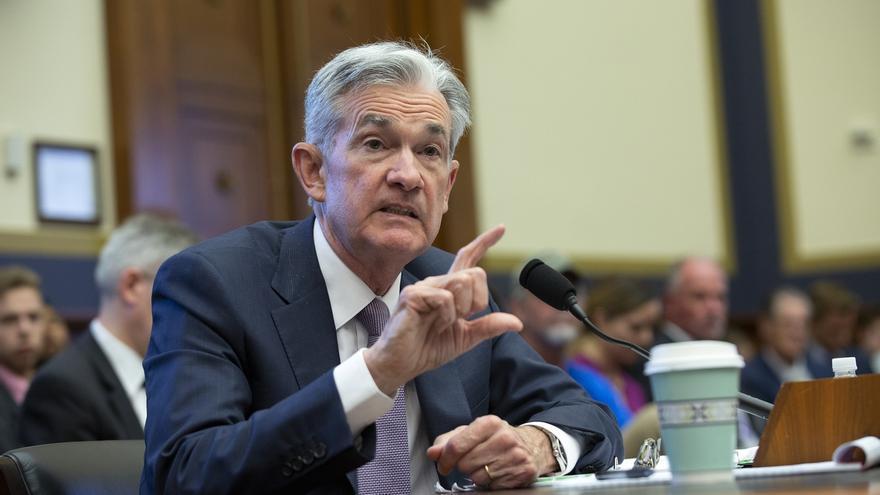 """Trump acusa a la Fed de no hacer """"nada"""" con los tipos de interés"""