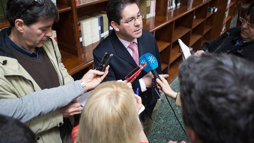 El PP-A recusa al magistrado Pedro Izquierdo como ponente del juicio contra Chaves y Griñán por los ERE