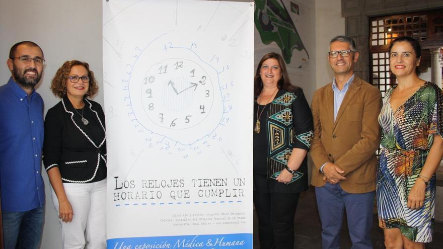 Acto de clausura de la exposición 'Los relojes tienen un horario que cumplir' en la Palacio Salazar de Santa Cruz de La Palma.