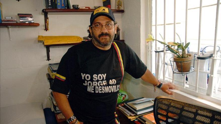 """Condenan al exparamilitar colombiano """"Jorge 40"""" a 16 años y medio cárcel en EE.UU."""