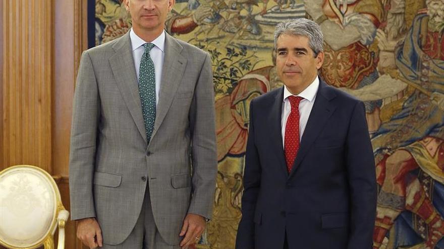 Homs explica al Rey la posición de CDC ante una nueva sesión de investidura