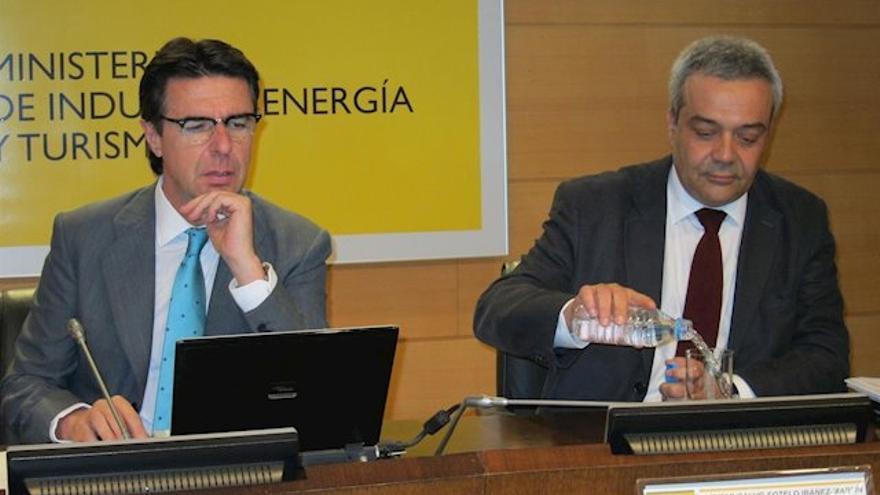José Manuel Soria y Víctor Calvo Sotelo, en una imagen de 2012. (EUROPA PRESS)