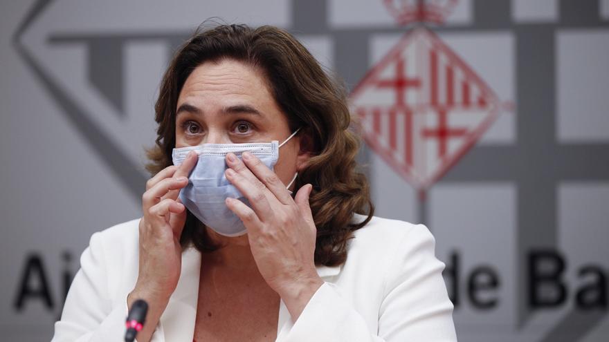 """Colau pide al Govern que no tome medidas """"incoherentes"""" o """"contradictorias"""""""